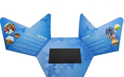 Customized shape LCD video mailer video wedding invitation card